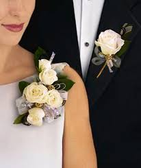 where can i buy a corsage and boutonniere for prom corsages boutonnieres in pahrump nv at something special