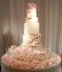 unique wedding cakes unique chic and wedding cakes we modwedding