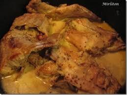 cuisiner le lapin à la moutarde mijoté de lapin à la moutarde à l ancienne recette ptitchef