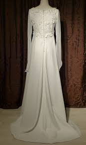 location robe mari e location robe de mariée location robe location de robe