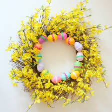 how to make an easter egg wreath 21 diy easter wreaths for your front door