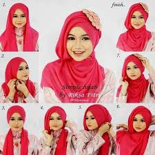 tutorial jilbab dua jilbab 10 tutorial hijab paris untuk wisuda meski sederhana kamu tetap