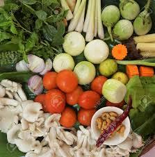 cuisiner le basilic panier d aliments thaïlandais pour cuisiner basilic ail cumin