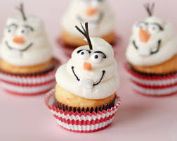 http://www.confessionsofacookbookqueen.com/2013/12/disneys-frozen-movie-cupcakes/
