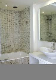 Ideas To Remodel A Small Bathroom Bathroom Bathrooms Design Tiny Bathroom Designs Modern Bathroom