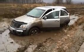 off road subaru forester kia sorento vs subaru forester 4x4 extreme off road test in mud