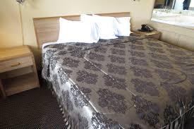 Bedroom Furniture Joplin Mo Economy Inn Joplin Mo Booking Com