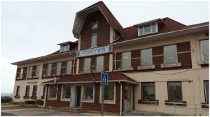 bureau de poste gare de l est des employés de la poste de gênés par une infiltration