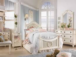 shabby chic for romantic bedroom ideas gretchengerzina com