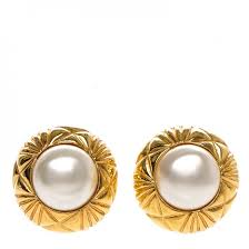 pearl clip on earrings chanel vintage pearl clip on earrings gold 188033