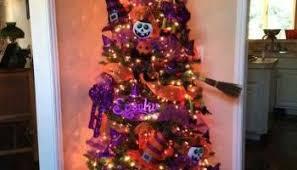 christmas tree decorating idea mickey mouse on white tree