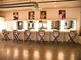 professional makeup station l makeup agency is educational source for aspiring makeup artists