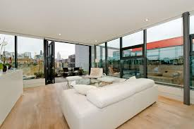 glass box architecture city fringe living in a glass box whitechapel e1 hurford salvi