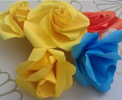 art and craft make simple rose flowers and gift bags with paper