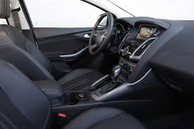 2014 Ford Focus Se Interior 2014 Ford Focus Vs 2014 Ford Fiesta What U0027s The Difference