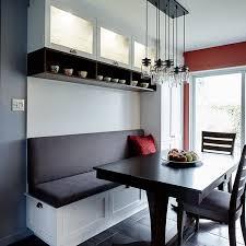 coin banquette cuisine cuisine contemporaine avec banquette et huche vitrée cuisine grise