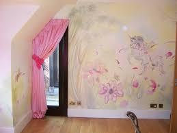 wandgestaltung mädchenzimmer ideen wandgestaltung mit farbe handgemalte motive