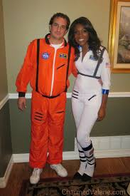 astronaut halloween costume for adults astronaut couples halloween costumes page 2 pics about space