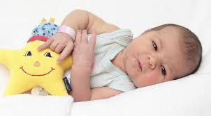 Mit Baby In Badewanne Mit Baby In Der Badewanne Baden Die Beste Sammlung Bildern