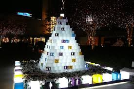 Christmas Decorations For Shopping Centers by Roppongi Hills Christmas Konnichiwa