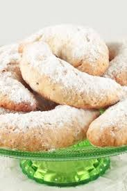 almond crescent cookies recipe kid my mom and mom