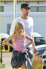 apple martin and chris martin 48 best dads u0026 their kids images on pinterest dads