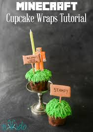 easy minecraft cupcake wrappers tutorial and free printable