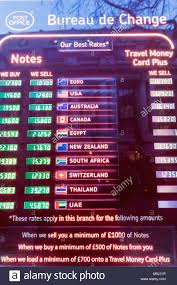 bureau de change 9eme foreign currency exchange bureau de change stock photos