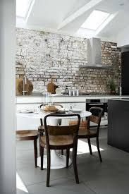 idee tapisserie cuisine papier peint tendance 50 idées pour une maison moderne salons