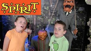 facebook spirit halloween scared at spirit halloween store 10 15 14 day 929 youtube
