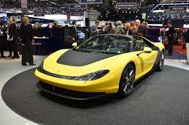 yellow bugatti 11 brangiausių automobilių u201eferrari u201c ir u201ebugatti u201c prarado savo