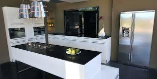 plan de cuisine en quartz plan de travail cuisine quartz tunisie idée de modèle de cuisine