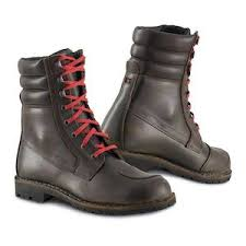best cruiser motorcycle boots harley boots cruiser style riding boots revzilla