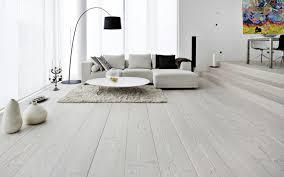 wohnideen helles laminat 38 ideen für weißes wohnzimmer wohnideen mit reinheit und eleganz