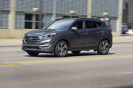 hyundai tucson 2015 interior 2017 hyundai tucson vs 2017 nissan rogue compare cars