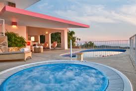 hotel las brisas acapulco con la mejor vista a la bahía de acapulco