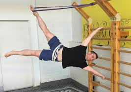 Flag Pole Workout Blog 10 Calisthenics Exercises To Make The Most Out Of Your