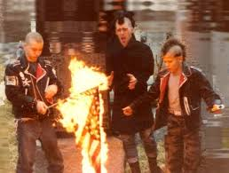 history of the punk subculture wikipedia the free file punks burning a flag jpg wikimedia commons