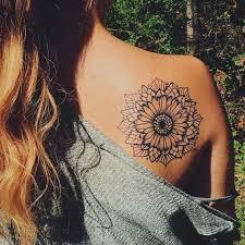 oltre 25 fantastiche idee su tatuaggi fiore di loto su pinterest