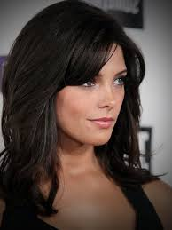 layered hairstyle medium length medium length layered brown hair women medium haircut
