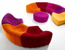 canapé circulaire dans le salon de secret tendances déco déco