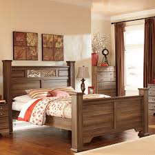 Gabriela Poster Bedroom Set Signature Design By Ashley Allymore Brown Poster Bed Walmart Com
