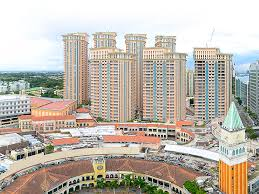 global city mckinley hills and fort bonifacio condominiums mckinley hill townships megaworld at the fort
