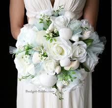 wedding bouquets with seashells 127 best white wedding flowers images on white wedding