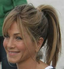 4 shoulder length layered hairstyles for women over 50