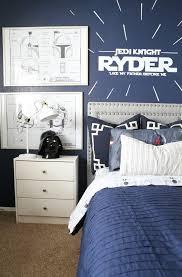 Star Wars Kids Room Decor by Best 25 Star Wars Childrens Bedrooms Ideas On Pinterest Star