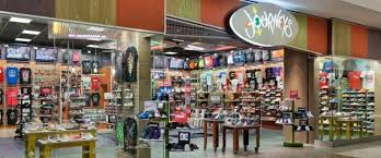 journeys at mayfair mall wauwatosa wi journeys