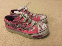 light up shoes size 12 girls skechers twinkle toes laces up light up shoes pink white