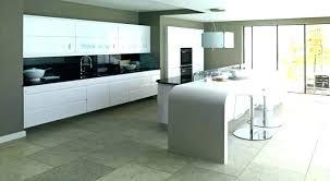 meuble cuisine blanc laqué cuisine blanc laque et bois plan de travail cuisine blanc laquac