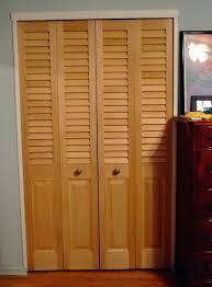 hollow interior doors closet 28 bifold closet door shop wen colonist primed hollow